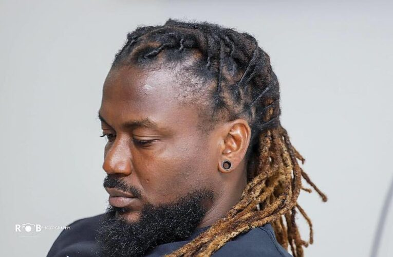 "Samini Threatens To Expose Stonebwoy's Hypocrisy: ""You Can't Do Two Face And Fan Fool People"""