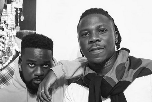 "Asem Mocks Sarkodie For Taking Stonebwoy Out Of His ""Black Love Virtual Concert"""